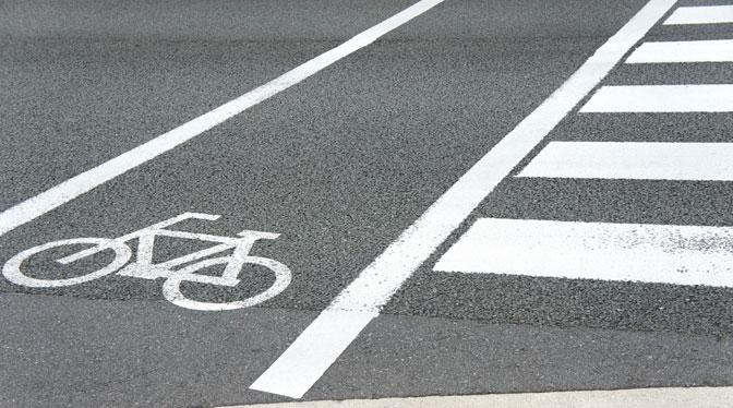 歩行者が関わる交通事故の特徴と過失割合について