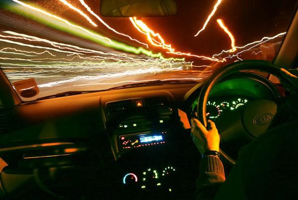 居眠り運転対策!満腹時の眠気を劇的に解消する6つの方法