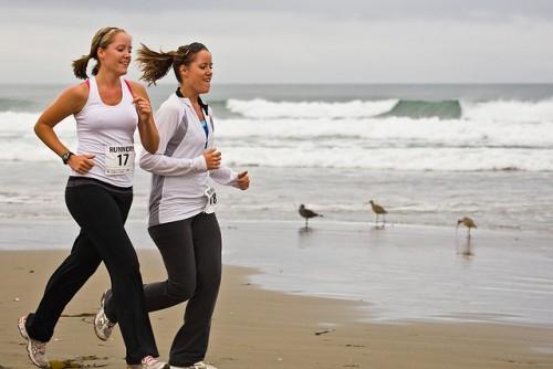 散歩や有酸素運動が効果的